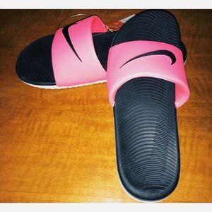 Nike Kawa Slides NWOT